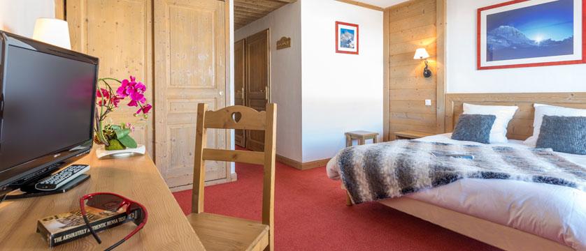 France_LaPlagne_Hotel-Vancouver_Family-bedroom.jpg